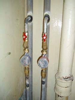 Замена стояков горячей и холодной воды в Абакане, монтаж стояков водоснабжения